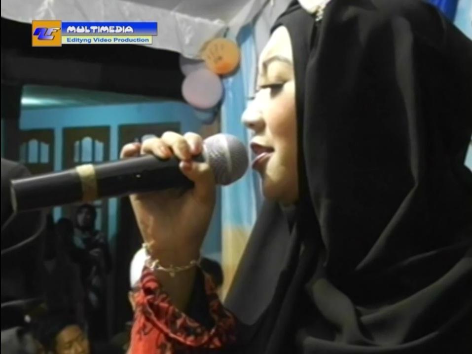 AL-KHOZINI Queen